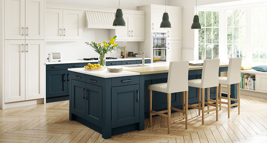 2018/06/Stately-Shaker-Painted-Ivory-and-Oxford-Blue_kitchen.jpg